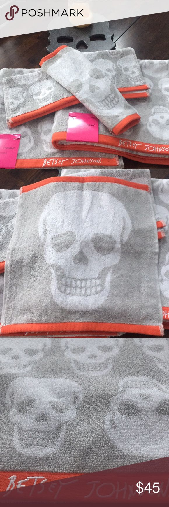 ☠️💋Betsey Johnson bath towel set❤️ NWT Betsey Johnson skull bath set. Comes with two bath one hand towel  and one wash cloth. Grey and white with orange border. Very cool towels!☠️💋💕 Betsey Johnson Other