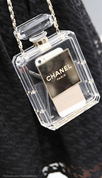 Chanel bag, un petit sac cocooning très pratique ! www.leasyluxe.com #sweety #lovely #leasyluxe