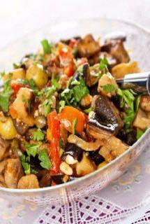 Salade d'aubergines (Aubergine, Tomate, Oignon) - Recette amuse-gueule - Aujourdhui.com