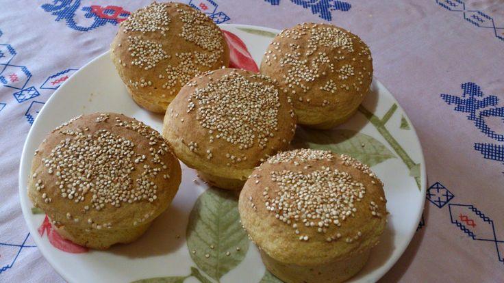 Pãozinhos de batata ou enformado:     1 xícara de creme de arroz   2\3 de xícara de farinha de arroz branco ou integral   1\3 de xíc...
