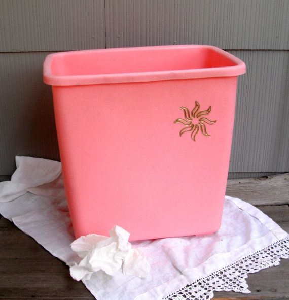 1000 images about very vtg kitchen trash cans on pinterest metals hand painted and black metal - Pink kitchen trash can ...
