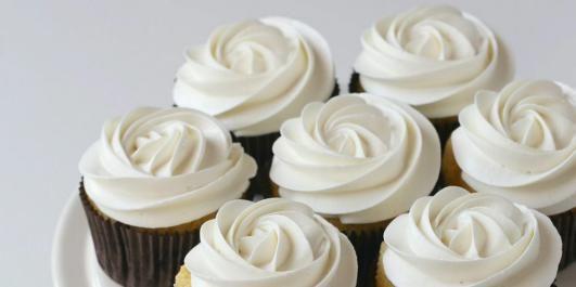 OPPSKRIFT PÅ CUPCAKES: Her er Manuelas cupcakes med gulrot.