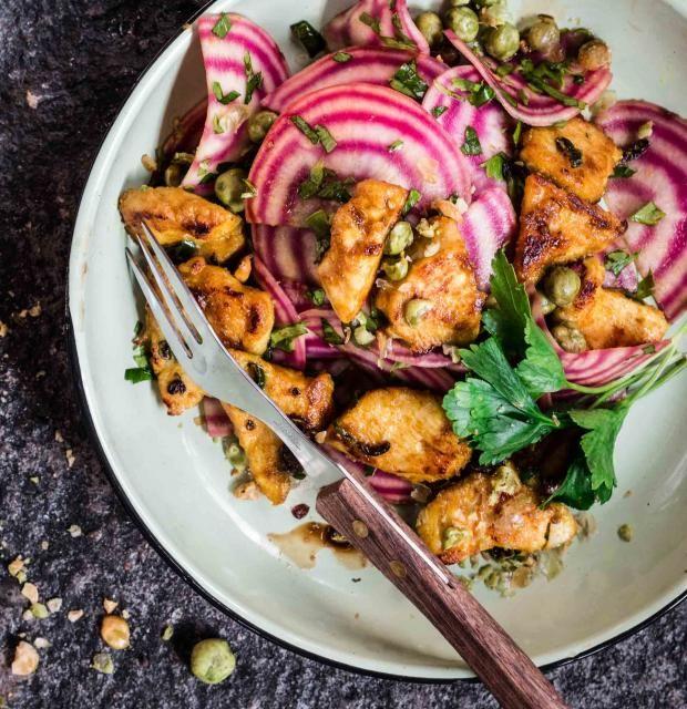 Curryhuhn mit Ringelbete-Salat