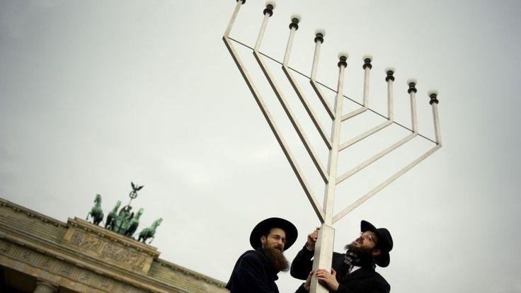 La comunidad judía celebra Hanukkah, unas de las fiestas principales del calendario