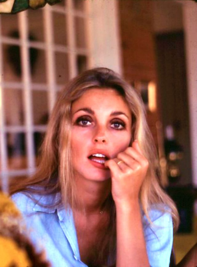 Sharon Tate. Great actress, beautiful person. She should be an old lady now. One of the saddest tragedies in history.