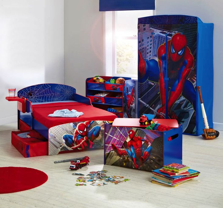 Kids Room: Pure White Kids Bedroom Decorated With Blue And Red Spiderman  Furniture Set Also Round Rug For Boys Laminated Floors Modern Kid Furnituru2026