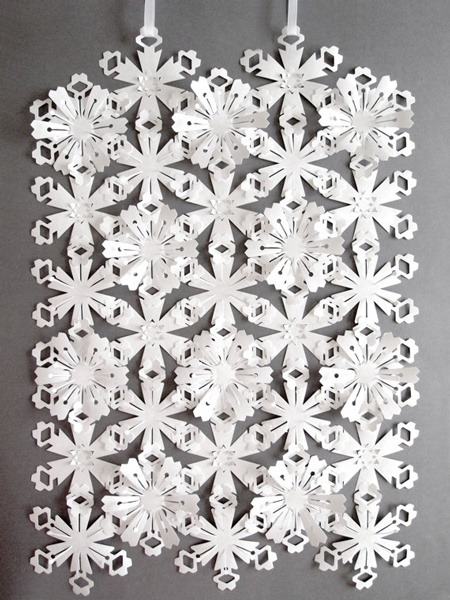 Tyvek Interlinking FlowersPaper Cut, Ideas, Tyvek Interlinked, Flower Garlands, Interlinked Flower, Tyvek Flower, Sarah Louise, Paper Crafts, Louise Matthew