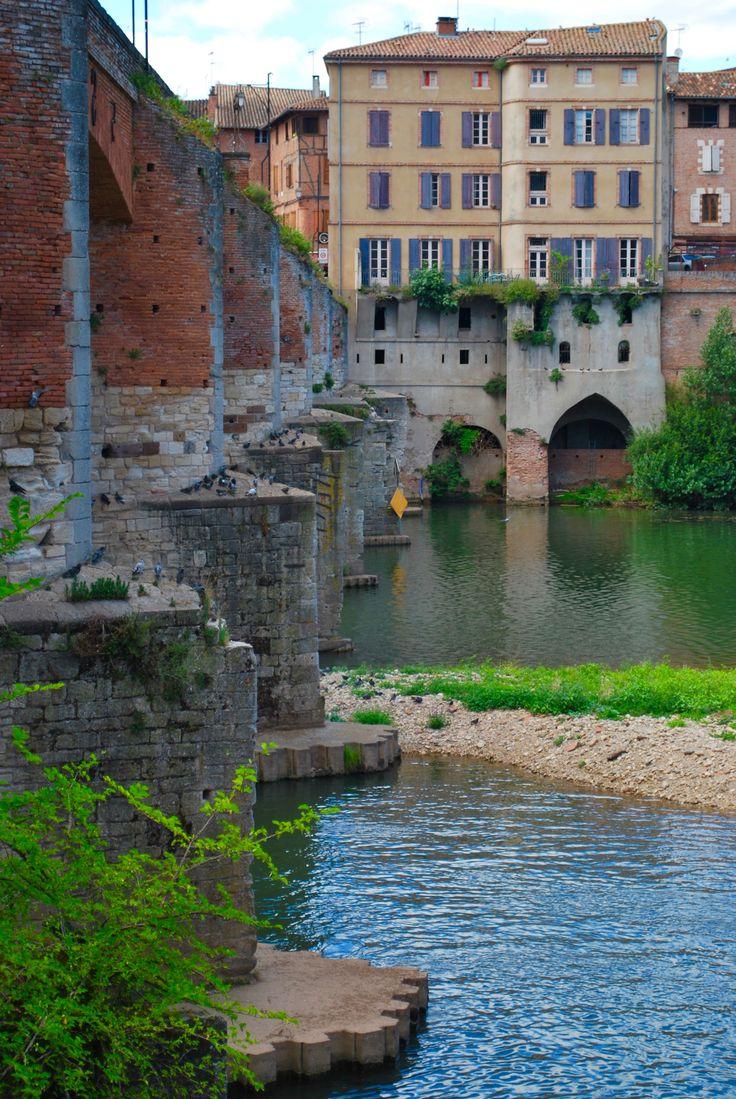 The old bridge (le vieux pont)