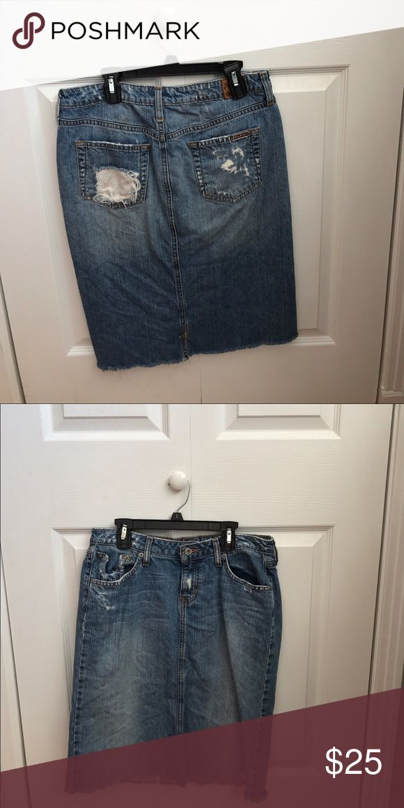 Jean skirt Hint jean brand. Distressed jean skirt, knee length Skirts