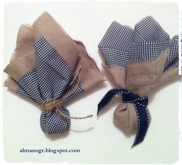 Double fabric favor with linen and checks #handfavor #fabricfavor #favor #christening #mpomponieres #μπομπονιέρες #βάφτιση #almanogr