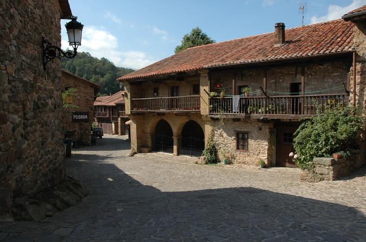 Bárcena Mayor en #Cantabria | #Spain . Turismo Rural de Cantabria