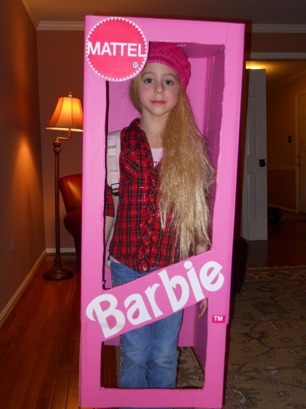 Halloween Costumes you can make from boxes. Uboxes.com and Starboxes.com  carry
