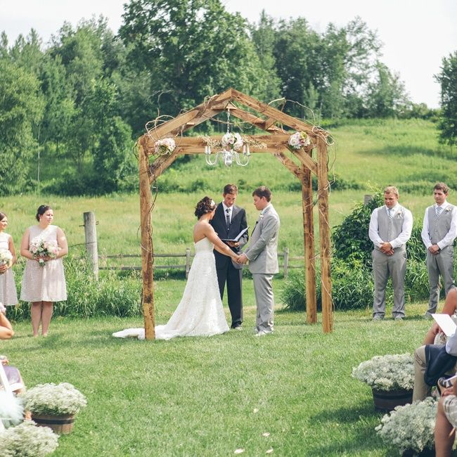 Country Rustic Wedding Altars: Best 25+ Country Wedding Arches Ideas On Pinterest