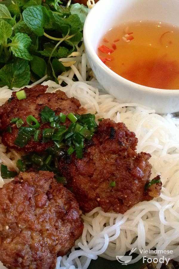 Vietnamese Grilled Pork with Rice Noodles (Bun Cha Recipe) - Vietnamese Foody #noodle #buncha