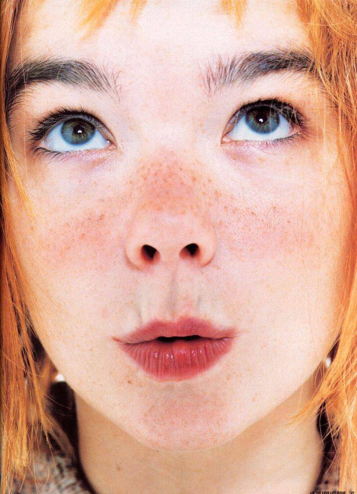 j'avais 15-16 ans ... elle une trentaine.