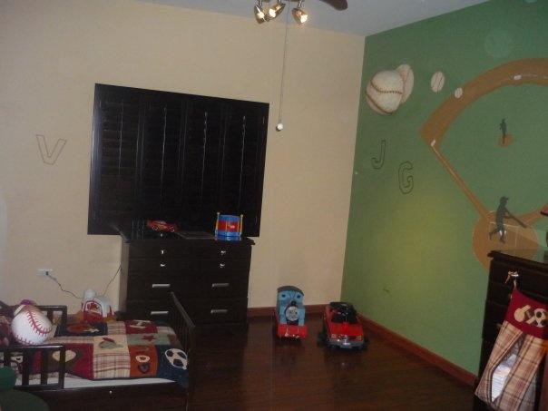 Habitaci n para ni o beisbol mural pintado a mano con for Mural para habitacion