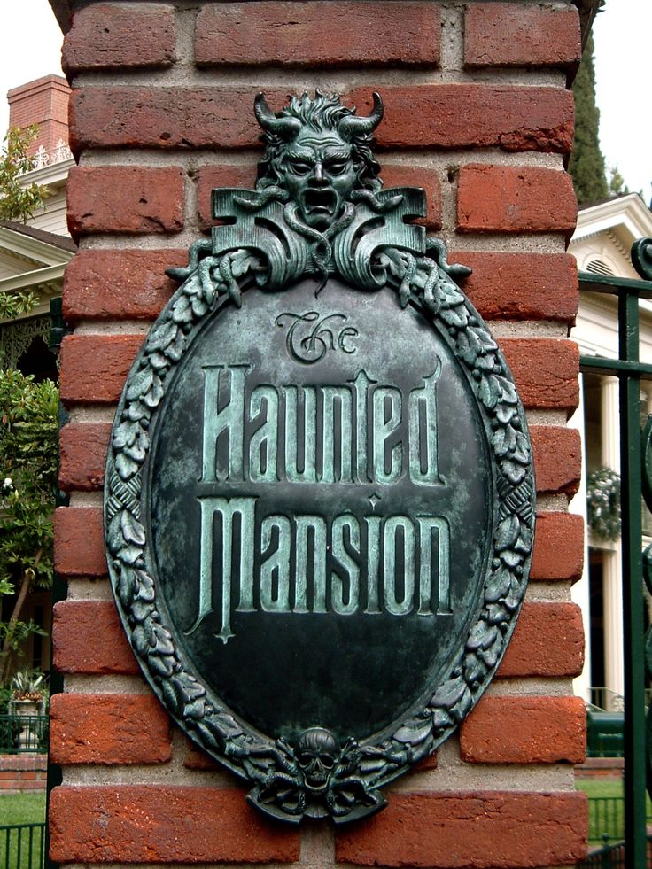 Disneyland's The Haunted Mansion #Disney #Disneyland #HauntedMansion