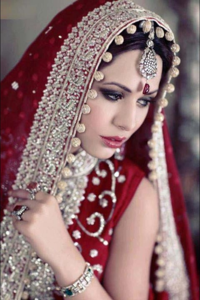how to use dupatta for decoration