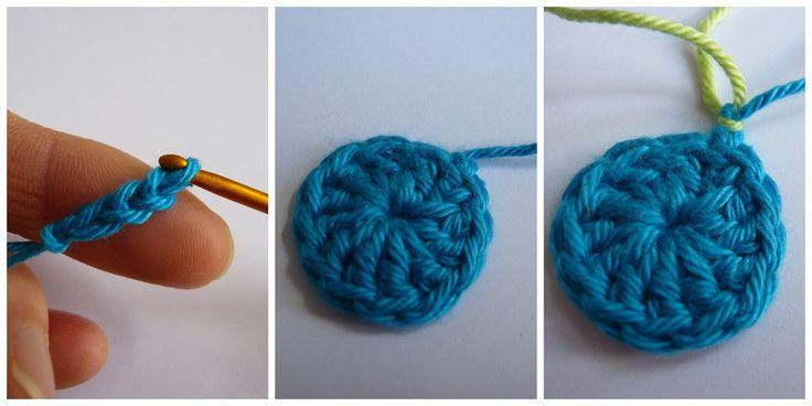 Zoals beloofd hier de beschrijving van dit gehaakte bloemetje:   Here you see the photo tutorial of this crochet flower, as promised.   For...