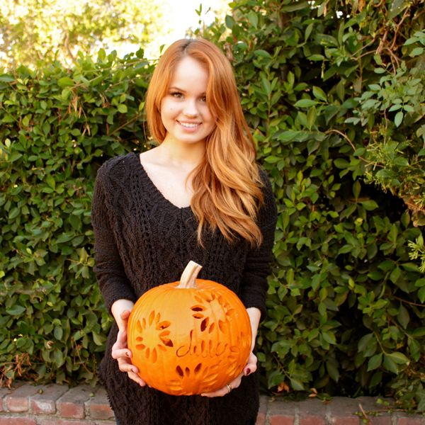 View the The Stars of 'Jessie,' 'Austin & Ally,' and More Show Off Their Pumpkin Decorating Skills photo gallery on Yahoo TV. Find more news related pictures in our photo galleries.