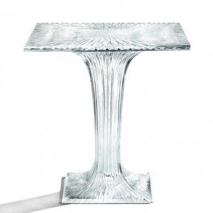 Plastic+table+by+Tokujin+Yoshioka+for+Kartell++sparkles+like+crystal+glass
