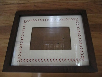 BASEBALL FRAME PHOTO MAT FOR 4X6 PICTURE