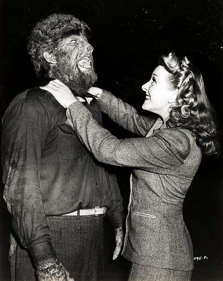 monsterman:  Lon Chaney Jr. and Evelyn Ankers on the set of The Wolf Man (1941)