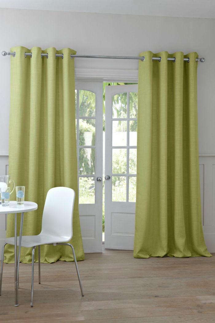 blickdichte gardinen grüne vorhänge weiße möbel