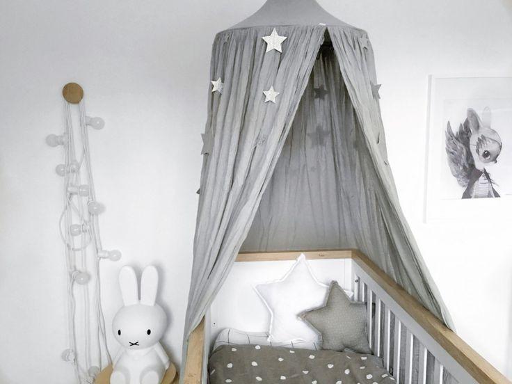 les 25 meilleures id es de la cat gorie ciel de lit sur. Black Bedroom Furniture Sets. Home Design Ideas