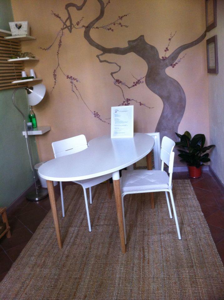 """Lo spazio per le consulenze floriterapiche e fitoterapiche presso lo studio """"Il giardino dell'anima"""""""
