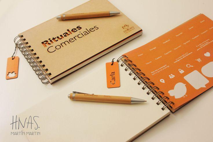 regalos empresariales, cuaderno personalizado, lapicera de bamboo grabada con logo, Natura
