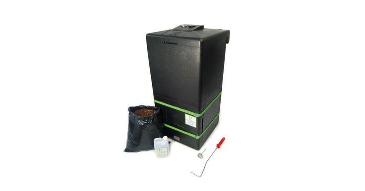Kompost tworzy się szybciej, gdy w pojemniku panuje podwyższona temperatura. Pomocny będzie tutaj kompostownik termiczny z funkcją grzewczą.