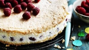 Neil Perry's raspberry and mascarpone cake.