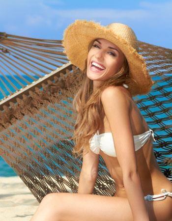 Happy in Bikini   :: 10 Negara Paling Ramah Pada Turis :: CLEO.co.id! ::