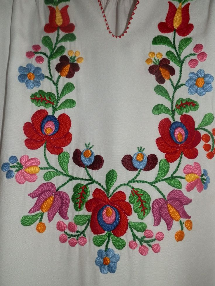 Vintage handmade blouse embroidery Hungarian by macaristanbul