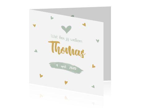 Heel lief geboortekaartje voor jongens met kleine hartjes in groen en goud. Tip: Hang een labeltje met foto aan dit kaartje. De kleuren kun je naar wens aanpassen.