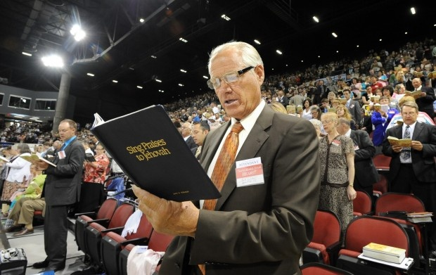Feature photos: 2012 District Convention of Jehovah's Witnesses
