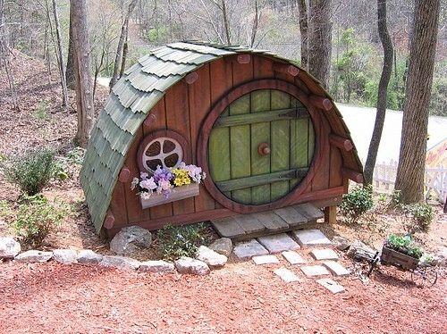 hobbit doghouse
