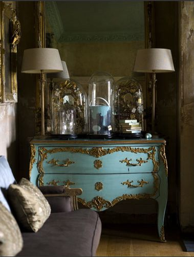 blue and gold: French Interiors, Living Rooms Design, French Rooms, Colors, Tiffany Blue, French Dressers, Drawers, Robins Eggs Blue, Design Home