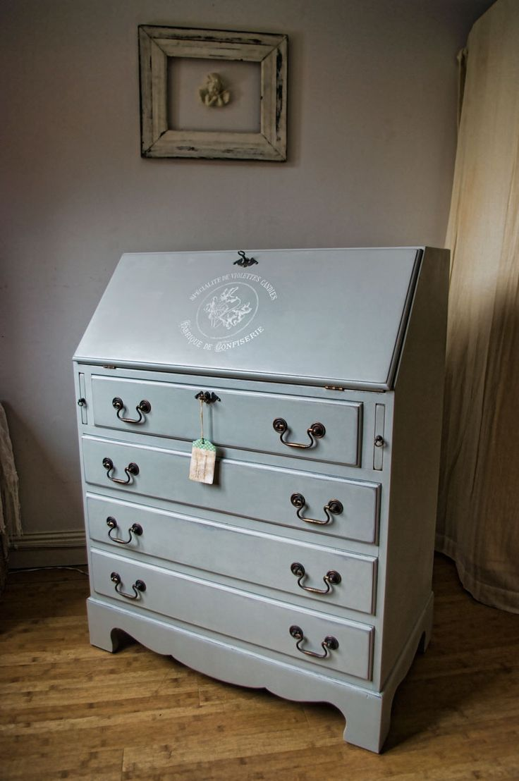 Shabby Chic Bureau No. 05 | Touch the Wood
