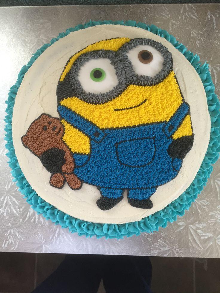 Minion Bob buttercream cake