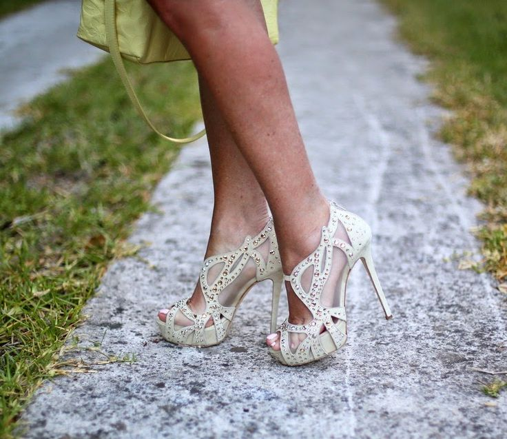 Don't Call Me Fashion Blogger!: Le Carose