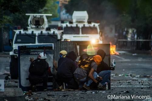 20 Shocking Photos of situation in Venezuela's Protest | Defending Democracy where there is none! - See more at: http://reportavenezuela.info/#sthash.Bjh98rS1.dpuf