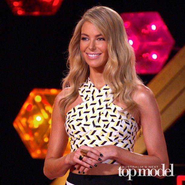 Miss Universe 2004 Jennifer Hawkins for MTV Australia + in Australia's Next Top Model. - http://missuniversusa.com/miss-universe-2004-jennifer-hawkins-for-mtv-australia-in-australias-next-top-model/