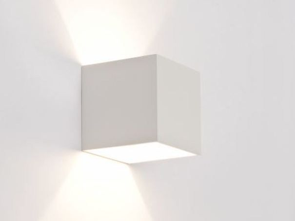 Applique a luce diretta e indiretta alogena BOX Collezione EXTERIOR | A parete by Wever