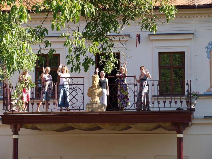 #bylinkove panstvi #zamek #zahrada #radost #bylinky #netradicniakce #bylinky #park #terasa #ahoj