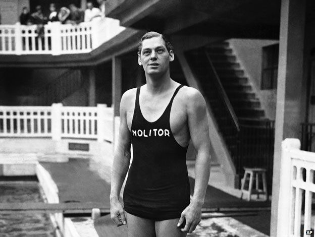 Piscine Molitor: The swimming pool where Tarzan was a lifeguard ...is now Hotel Molitor Paris MGallery Collection // @Accorhotels.com