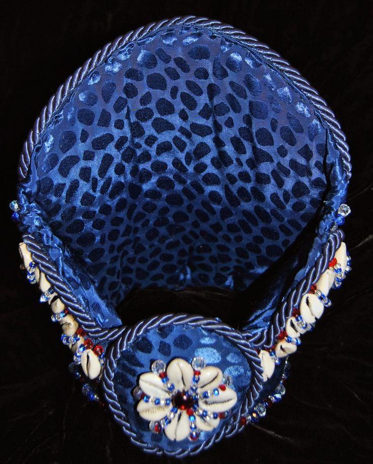 Ọmọ Esú Ọ̀dára: ASÍNDE : Crown for Yemaya Okute/Ogunte. March 2014 SOLD