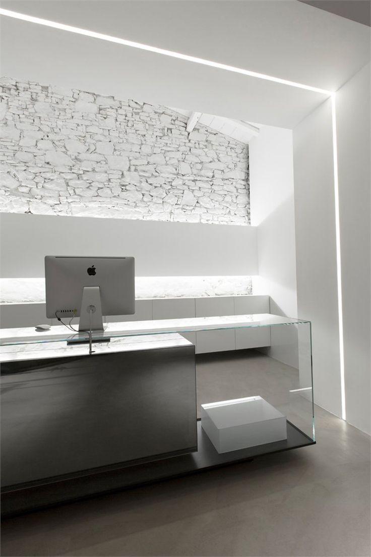Home gt reception desks gt 12 curved walnut glass top reception desk - Home Gt Reception Desks Gt 12 Curved Walnut Glass Top Reception Desk