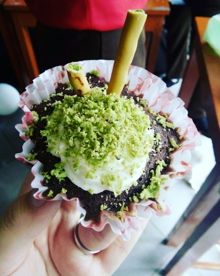 Brownies in Cup with kitkat macha